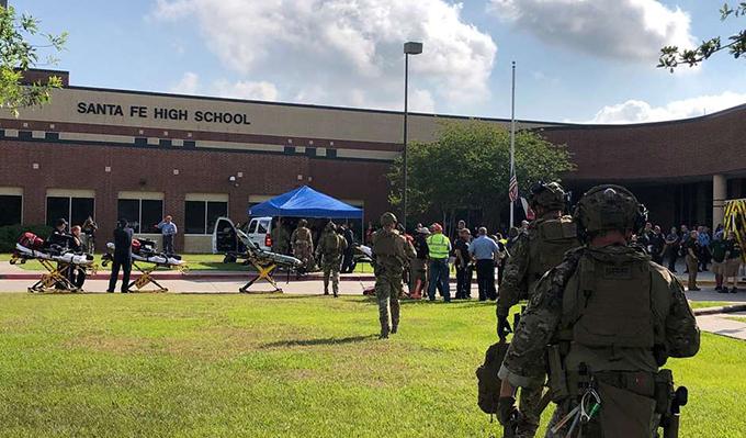 tiroteio em escola